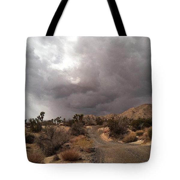 Desert Storm Come'n Tote Bag