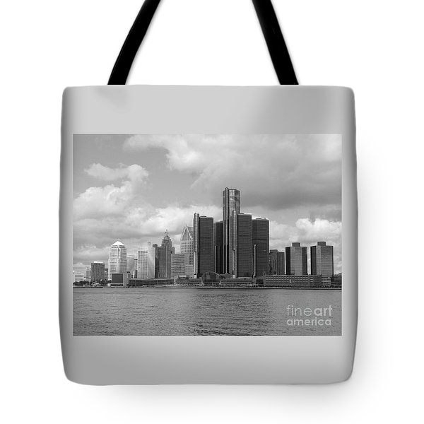 Detroit Skyscape Tote Bag