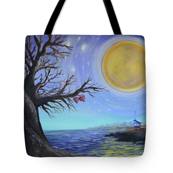 Tote Bag featuring the painting Diahann And Frank by Agata Lindquist