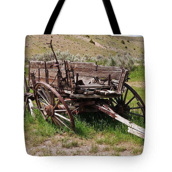 Dilapidated Wagon With Leaning Wheels Tote Bag by Sue Smith