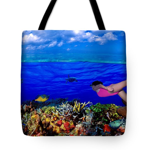 Diver Along Reef With Parrotfish, Green Tote Bag