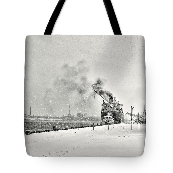 Tote Bag featuring the photograph Dockyard by Garvin Hunter