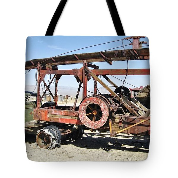 Tote Bag featuring the photograph Done Working by Marilyn Diaz