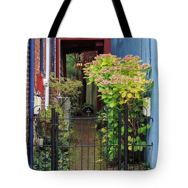Tote Bag featuring the photograph Downtown Garden Path by Jennifer Casey