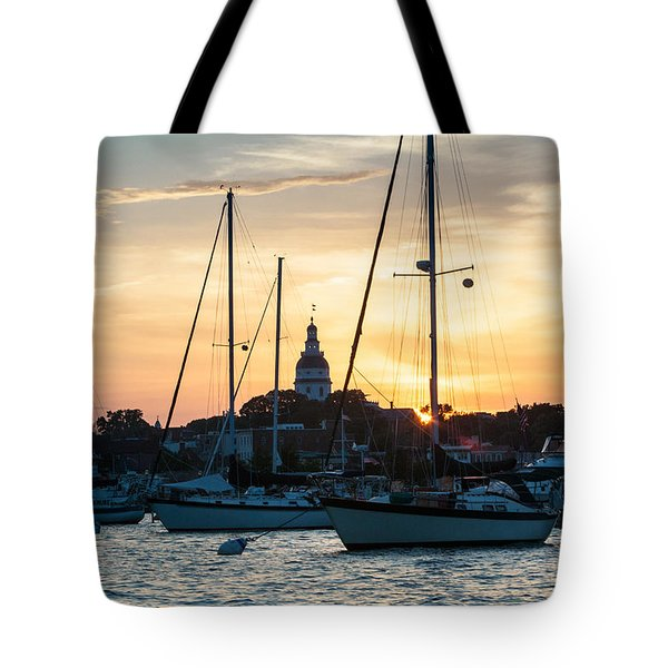 Tote Bag featuring the photograph Downtown Glow by Jennifer Casey