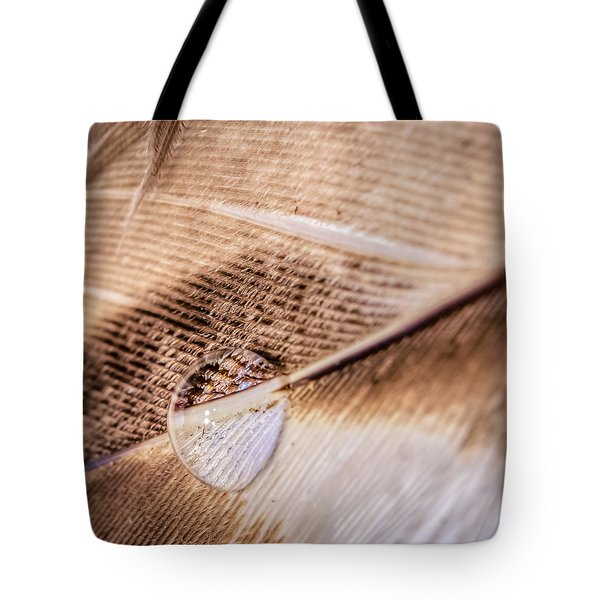 Tote Bag featuring the photograph Droplet On A Quill by Rob Sellers
