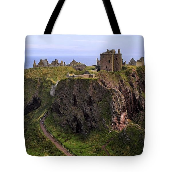 Dunnottar Castle Panorama Tote Bag