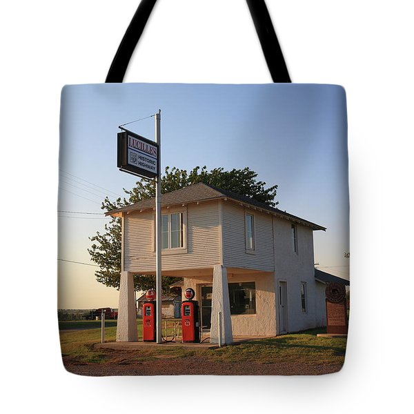 Dusk On Route 66 Tote Bag by Frank Romeo