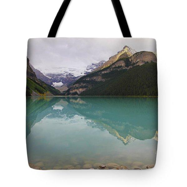 Early Morning At Lake Louise Tote Bag by Teresa Zieba