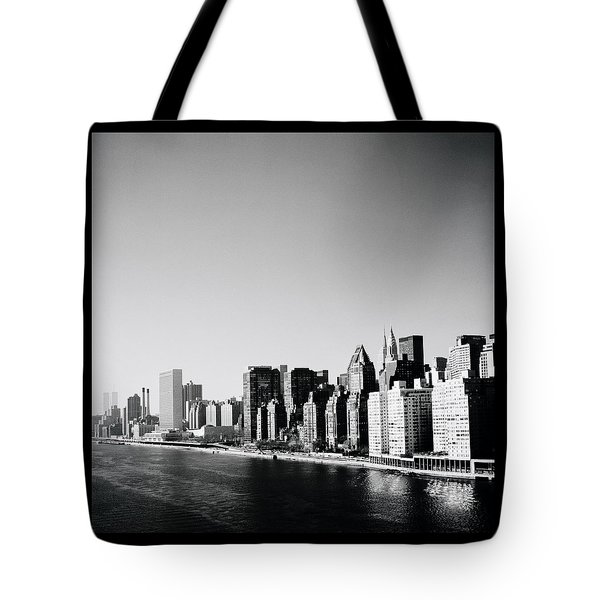 East River New York Tote Bag