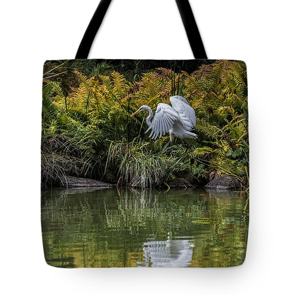 Tote Bag featuring the photograph Egret At The Lake by Chris Lord