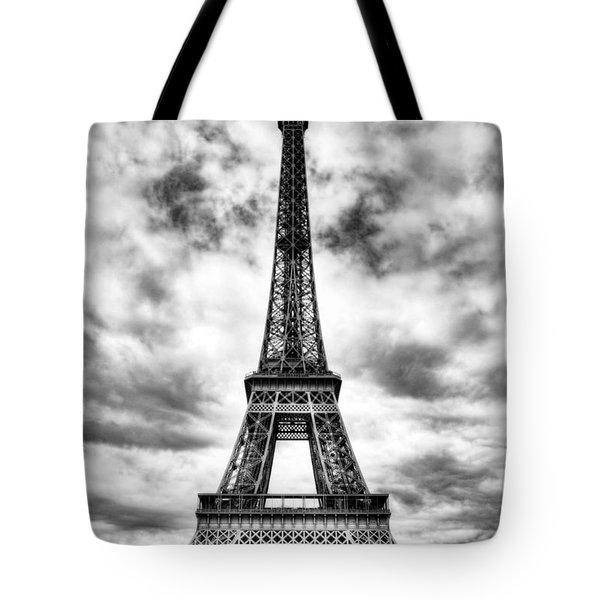 Eiffel Tower In Paris 3 Bw Tote Bag