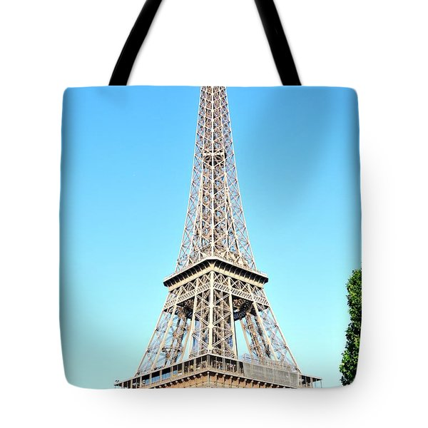 Tote Bag featuring the photograph Eiffel Tower by Joe  Ng