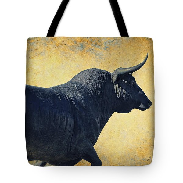 El Toro  Tote Bag by Mary Machare