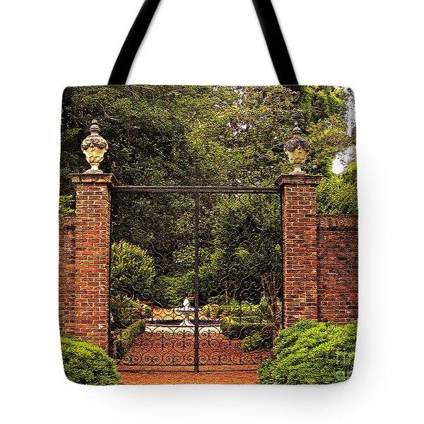Elizabethan Gardens Tote Bag