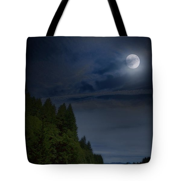 Elk Under A Full Moon Tote Bag