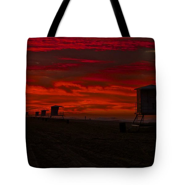 Tote Bag featuring the photograph Embers Of Dawn by Duncan Selby