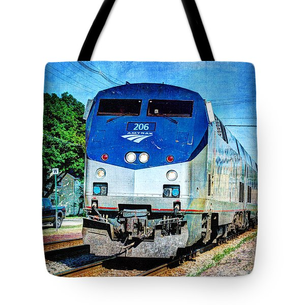 Empire Builder Arriving At Columbus Tote Bag