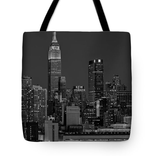 Empire State Building In Christmas Lights Bw Tote Bag