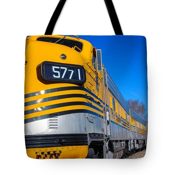 Tote Bag featuring the photograph Engine 5771 by Shannon Harrington