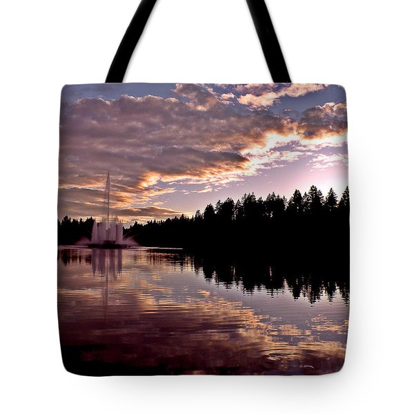 Evening Light At Lost Lagoon Tote Bag by Brian Chase