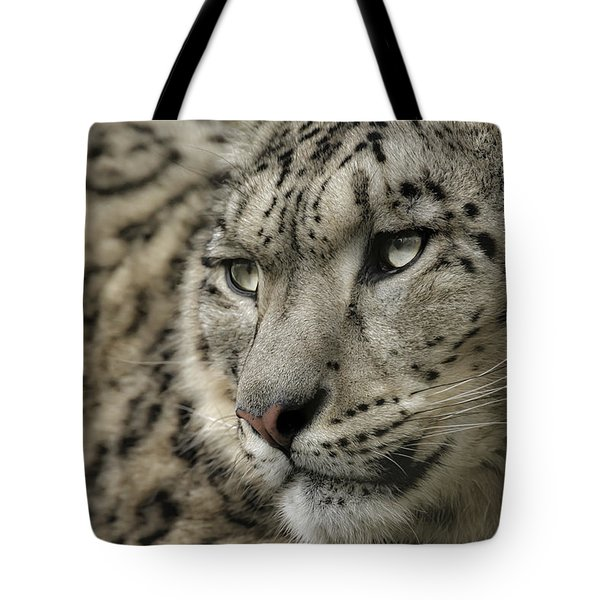 Eyes Of A Snow Leopard Tote Bag