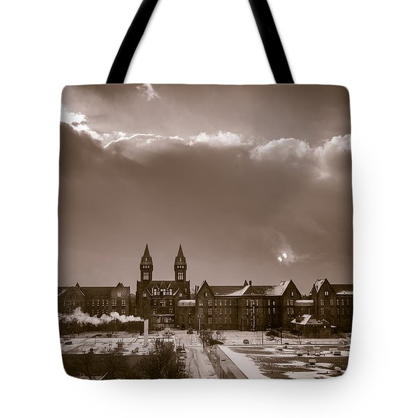 Eyes Over Richardson Center Tote Bag