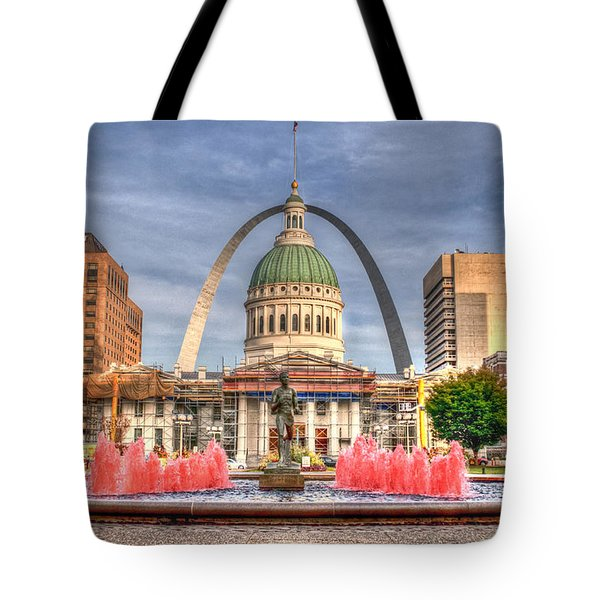 Tote Bag featuring the photograph Fall In St. Louis by Deborah Klubertanz