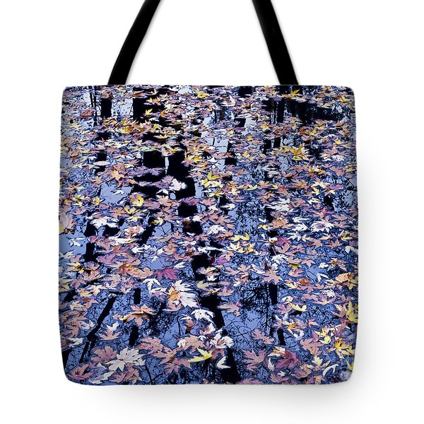 Tote Bag featuring the photograph Fall Reflections by Alan L Graham