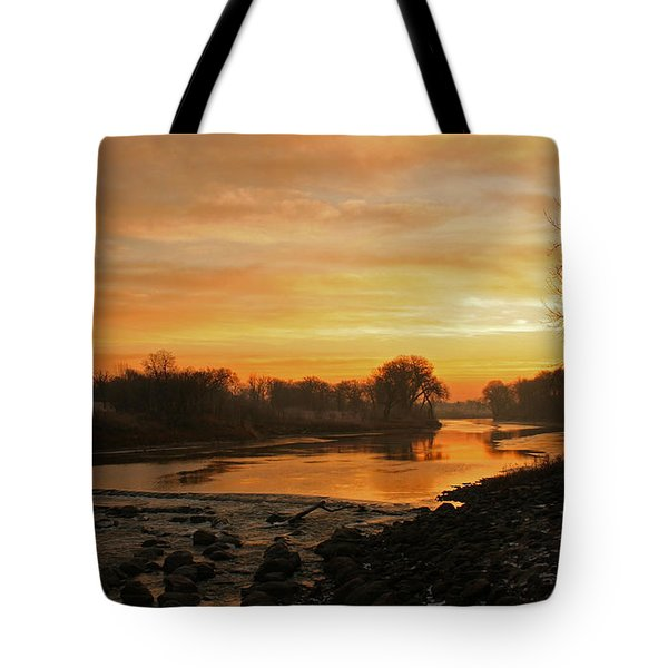 Fall Sunrise On The Red River Tote Bag by Steve Augustin
