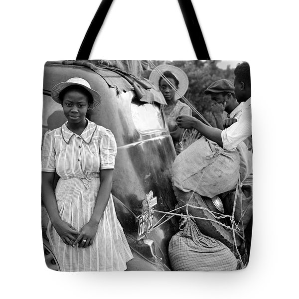 Family On The Road 1940 Tote Bag