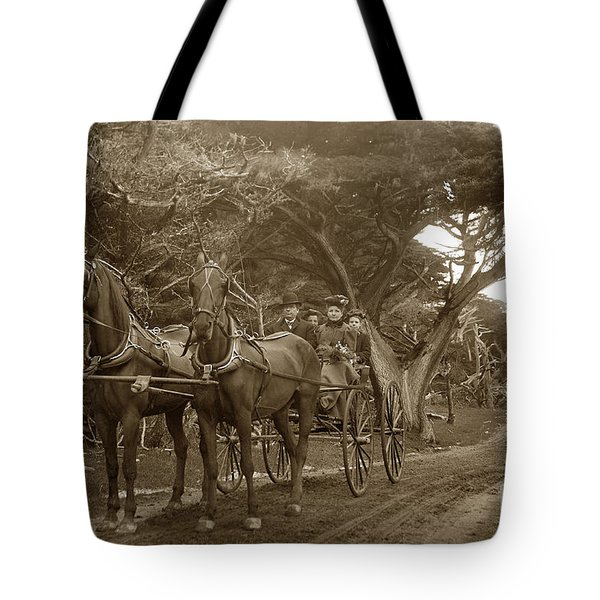 Family Out Carriage Ride On The 17 Mile Drive In Pebble Beach Circa 1895 Tote Bag