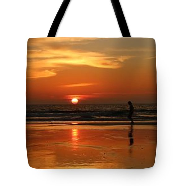 Family Reflections At Sunset - 4 Tote Bag