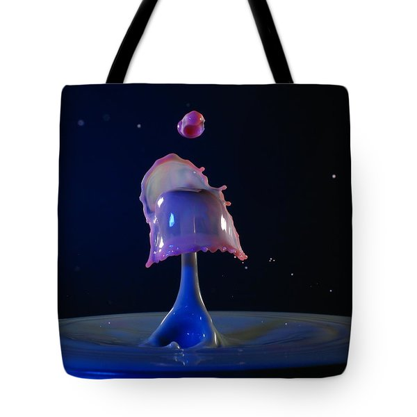 Tote Bag featuring the photograph Feeding Time by Kevin Desrosiers