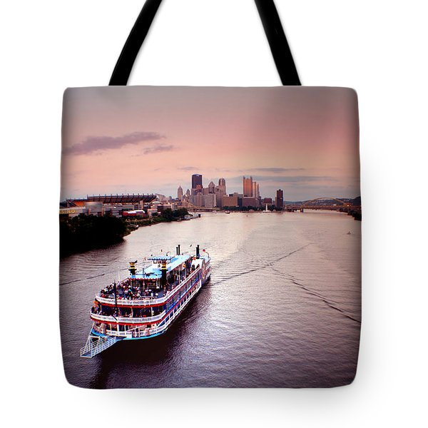 Ferry Boat At The Point In Pittsburgh Pa Tote Bag