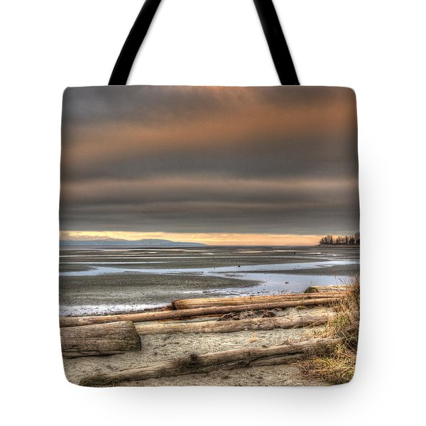 Fiery Sky Over The Salish Sea Tote Bag by Randy Hall