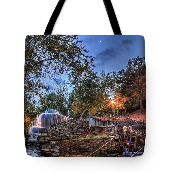 Tote Bag featuring the photograph Finlay Park by Rob Sellers