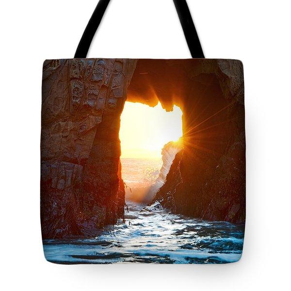 Fireburst - Arch Rock In Pfeiffer Beach In Big Sur. Tote Bag by Jamie Pham