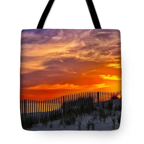 First Light At Cape Cod Beach  Tote Bag by Susan Candelario