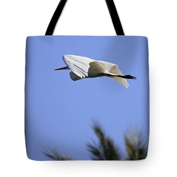 Tote Bag featuring the photograph Flight Of The Egret by Penny Meyers