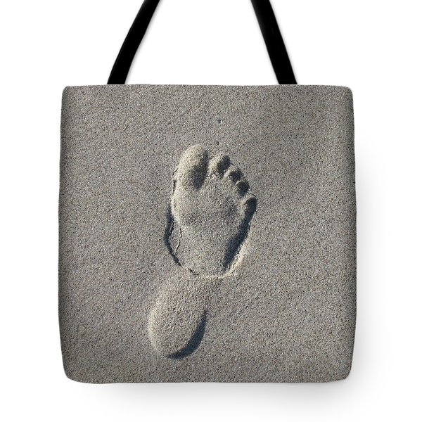Footprint In The Sand Tote Bag