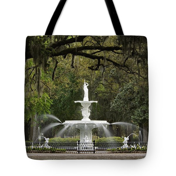 Forsyth Park Fountain - D002615 Tote Bag