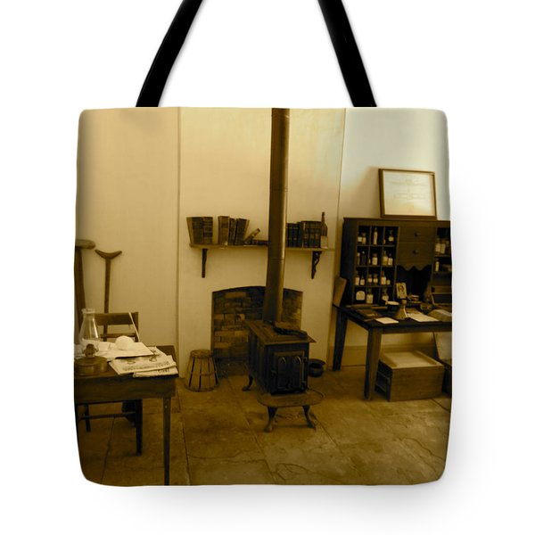 Fort Delaware General Office Tote Bag