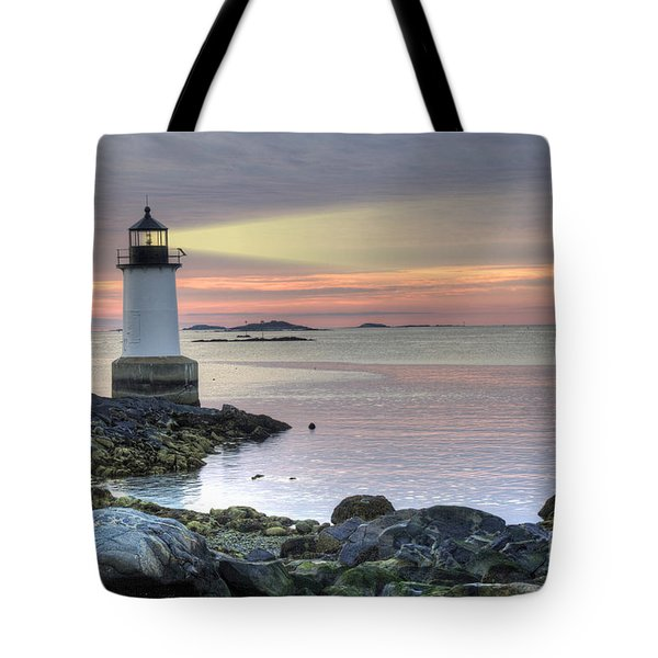 Fort Pickering Lighthouse At Sunrise Tote Bag by Juli Scalzi