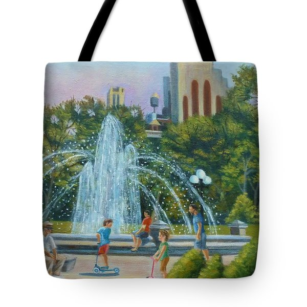 Fountain At Washington Square Park New York Tote Bag