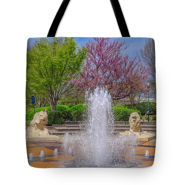 Fountain In Coolidge Park Tote Bag