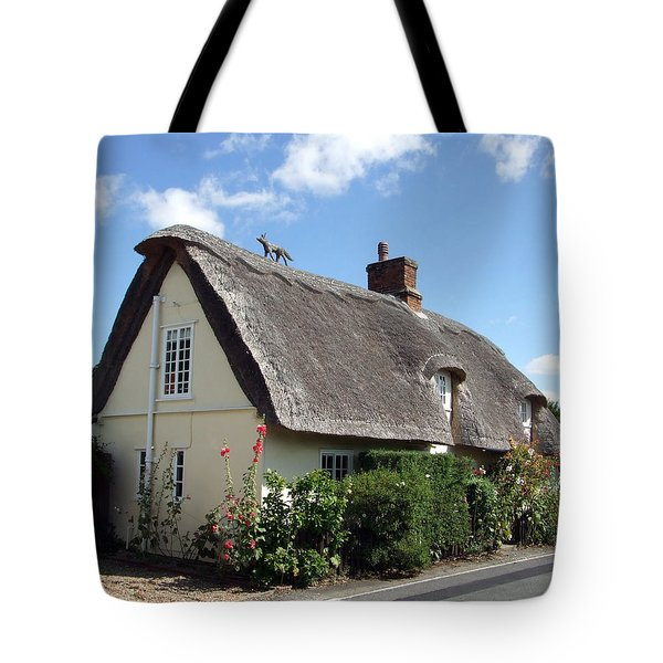 Fox On The Roof Tote Bag by Richard Reeve