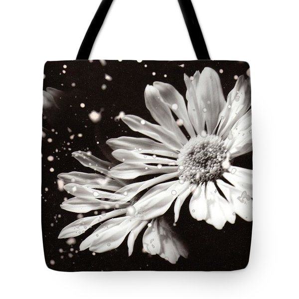 Fractured Daisy Tote Bag