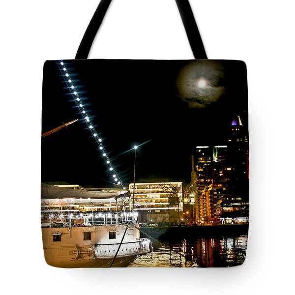 Tote Bag featuring the photograph Fragata  by Silvia Bruno