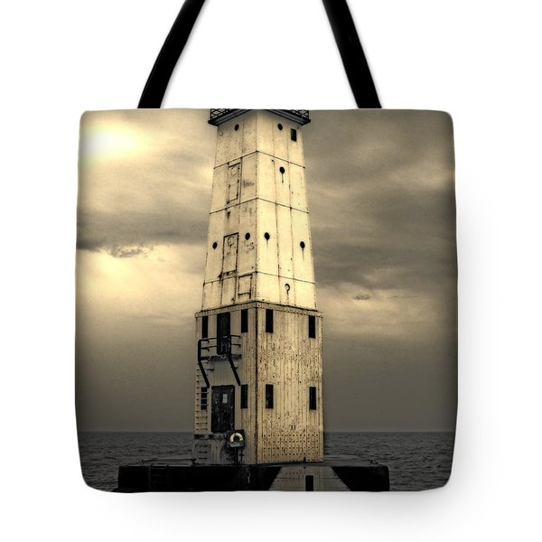 Frankfort North Breakwater Tote Bag